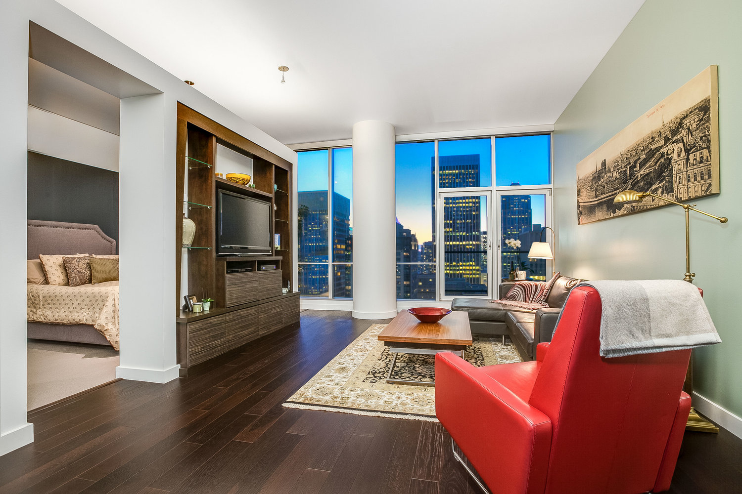 5th and Madison | Seattle Luxury Condo's | Olga Dyckman